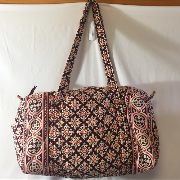 Vera Bradley Handbags - [Vera Bradley] travel bag zipper shoulder cute